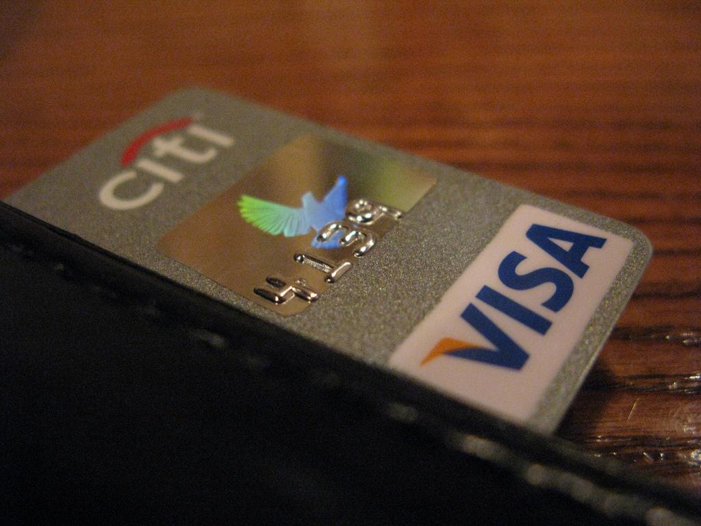 the benefits of a costco visa credit card