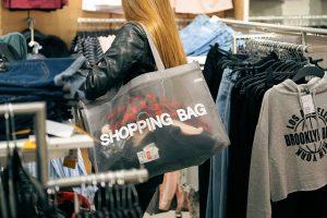 shopping-2163323_640