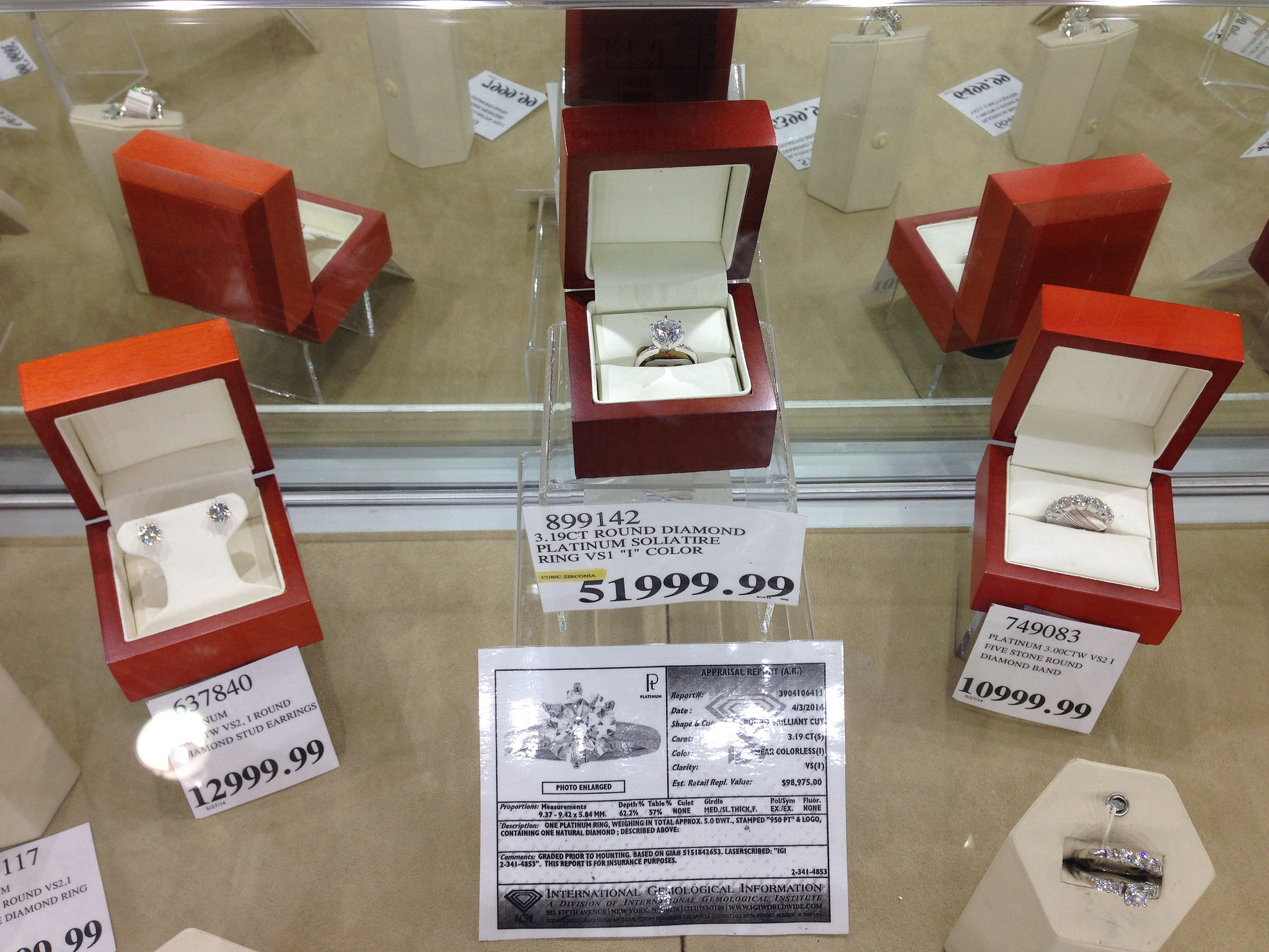What is the Costco Jewelry Return Policy? - Suburban Finance